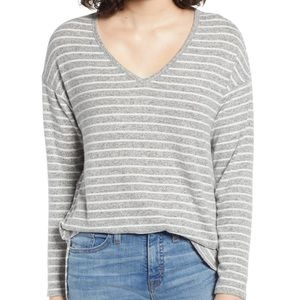 {Gibson} NWT Striped V Neck Sweater